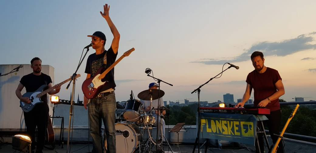 Flonske live Dachterrasse Hamburg Hotel Bellevue Band